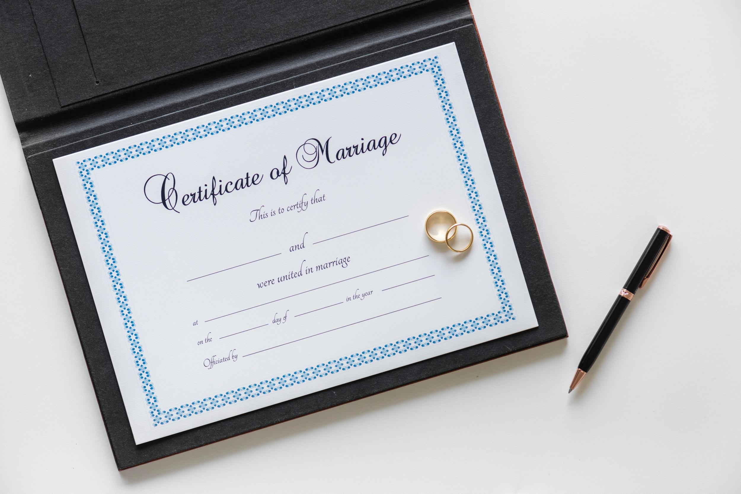 夫婦別姓は日本人同士はダメで、国際結婚なら奨励ってどゆこと?