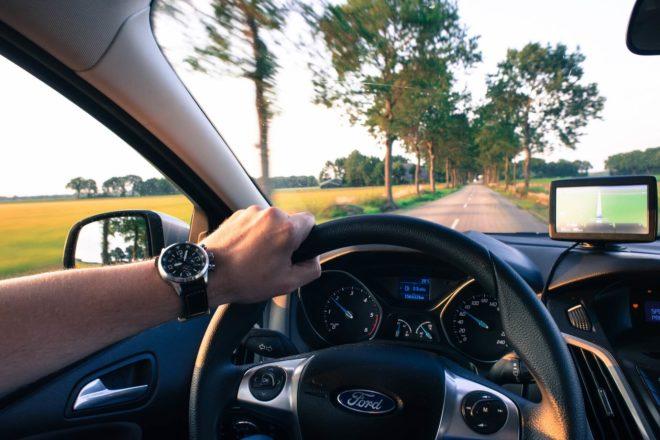 アメリカでレンタカー。運転で気をつけるべきポイントとは?